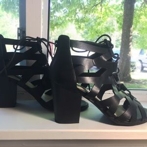 Size 7.5 lace up open-toed heels